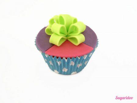 Lussen strik cupcake howto