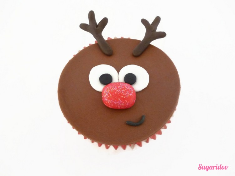 Rudolph_cupcake_howto (2)_blog