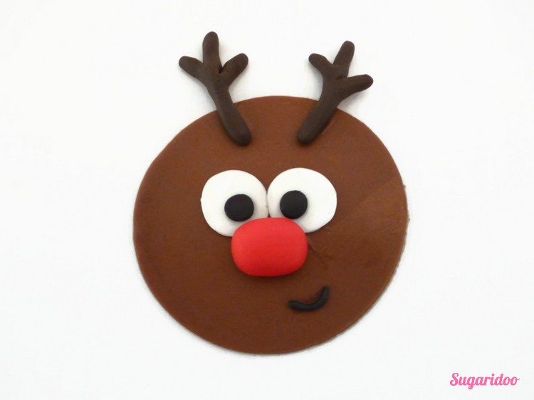Rudolph_cupcake_howto (4)_blog